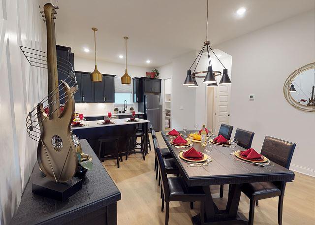 nashville vacation rental, kitchen, dining room