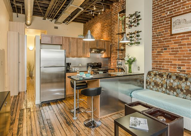 Nashville Loft near Belle Meade Plantation
