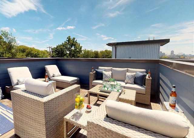city vue south, a vacation rental near Tennessee Titans Home Games